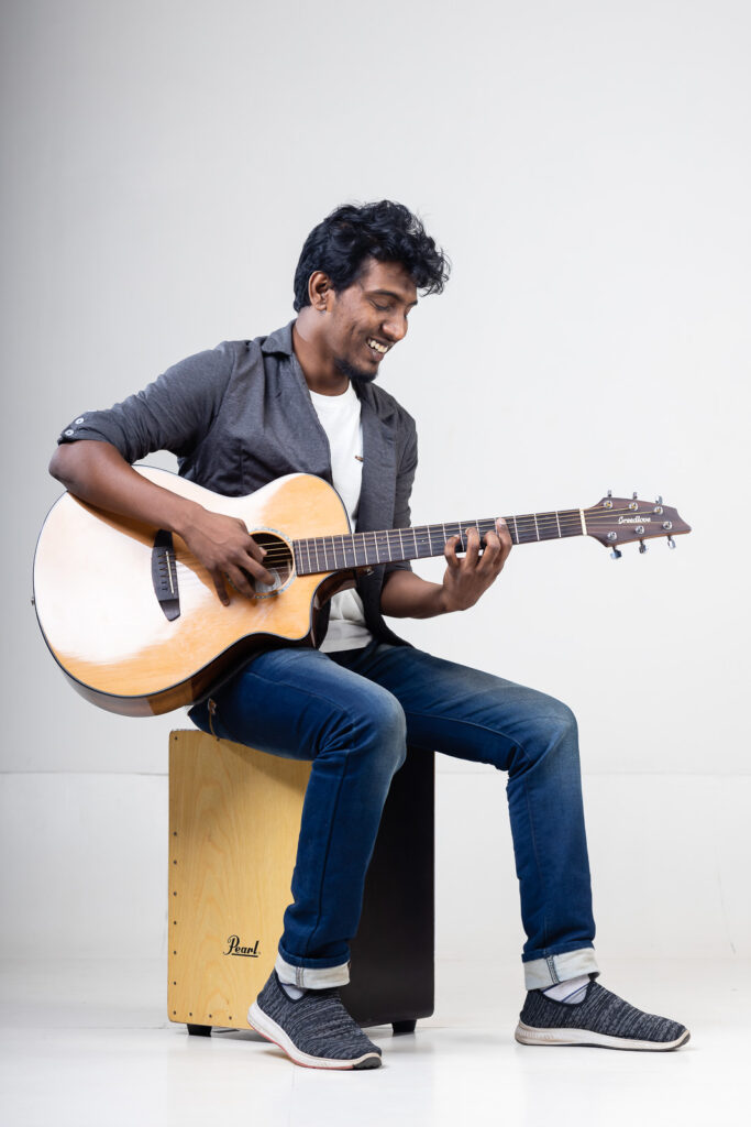 String Along With Vijay Ganesan: An Independent Artist